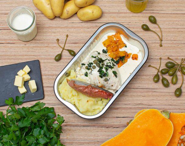 Aile de raie au vin blanc, julienne de légumes, purée de pommes de terre