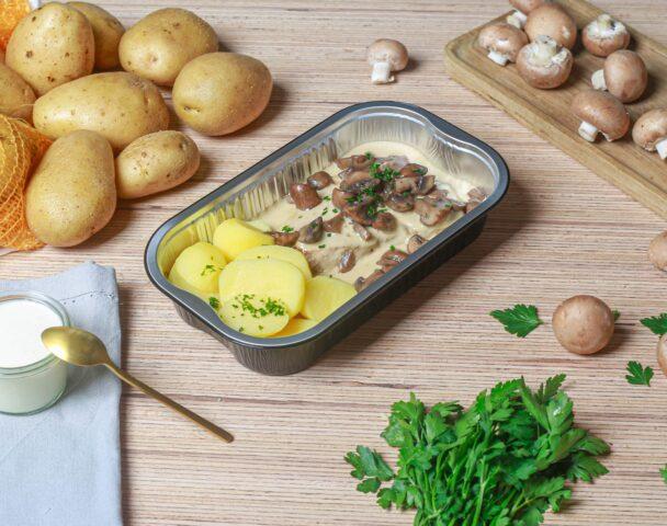 Escalope de veau, crème champignons, pommes natures