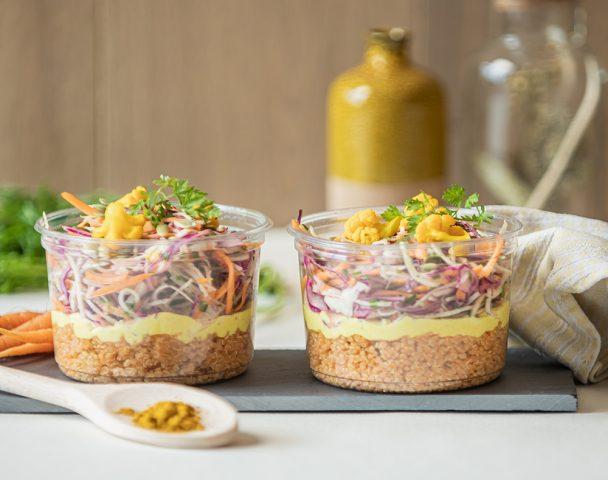 Moyenne salade quinoa et coleslaw