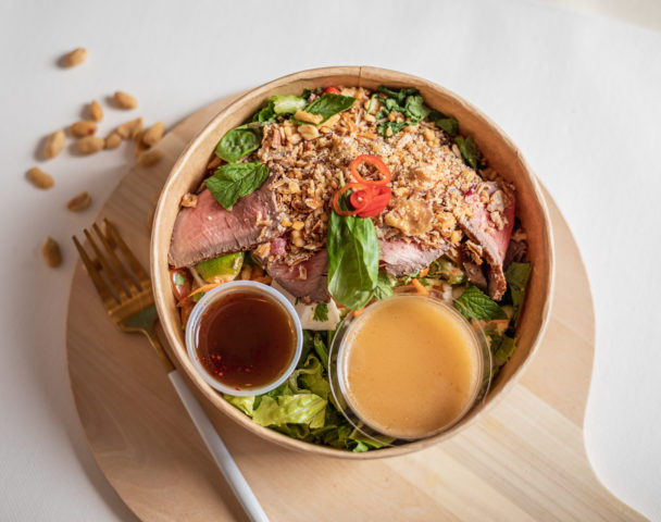 Grande salade bœuf thaï